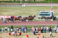 photo de FIRST DE PIENCOURT